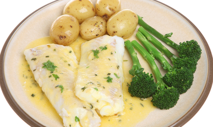 Cod in Sauce with Potatoes and Broccoli